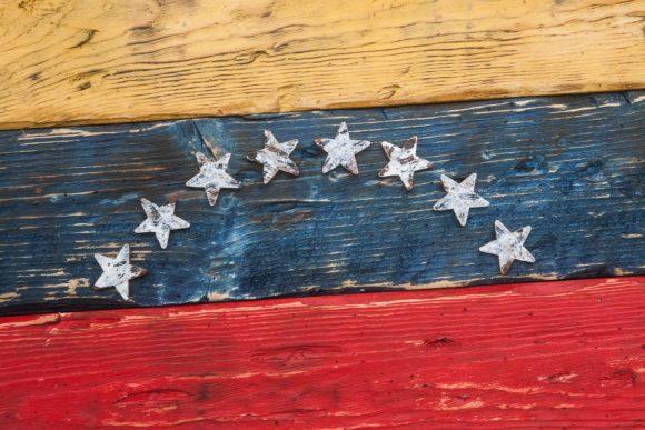 Handmade, Distressed Wooden venezuela Flag, vintage, distressed, weathered, recycled, venezuela flag art, home decor, Wall art, recycled