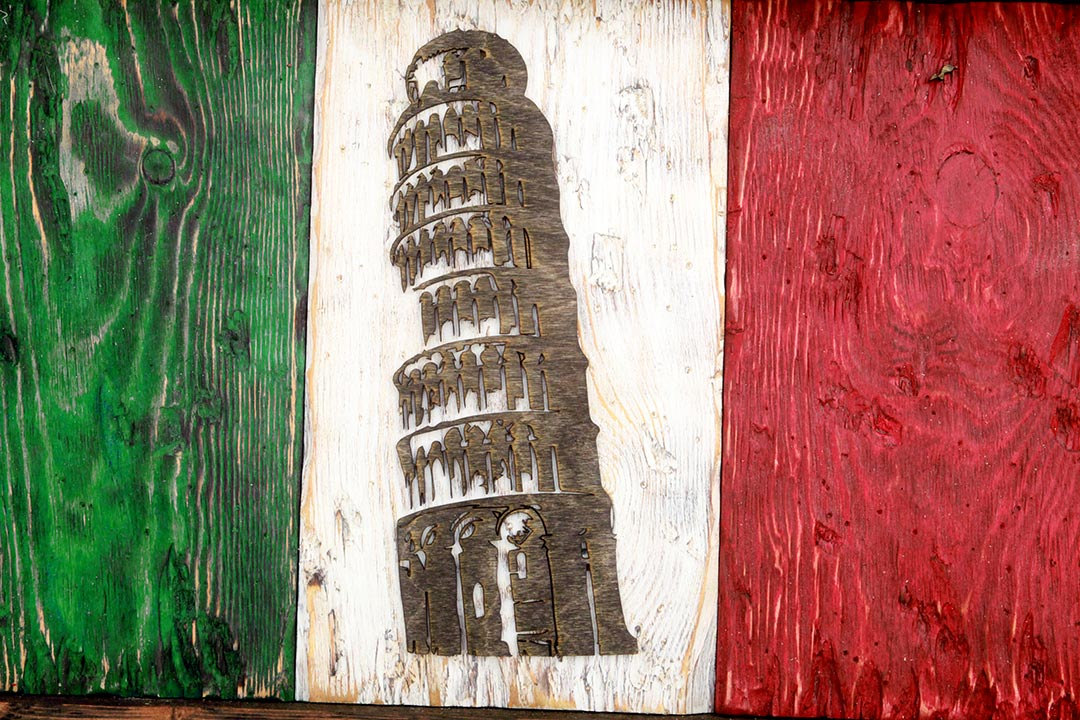 Italian flag leaning tower edition weathered wood one of for Green italy