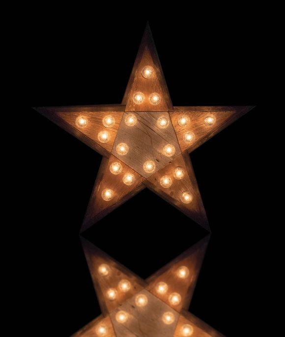 Reclaimed wood marquee star w/ Lights, Shabby Chic, Salvaged Barn Wood Letter, Wedding, Nursery Alphabet Letter, restaurant, home decor