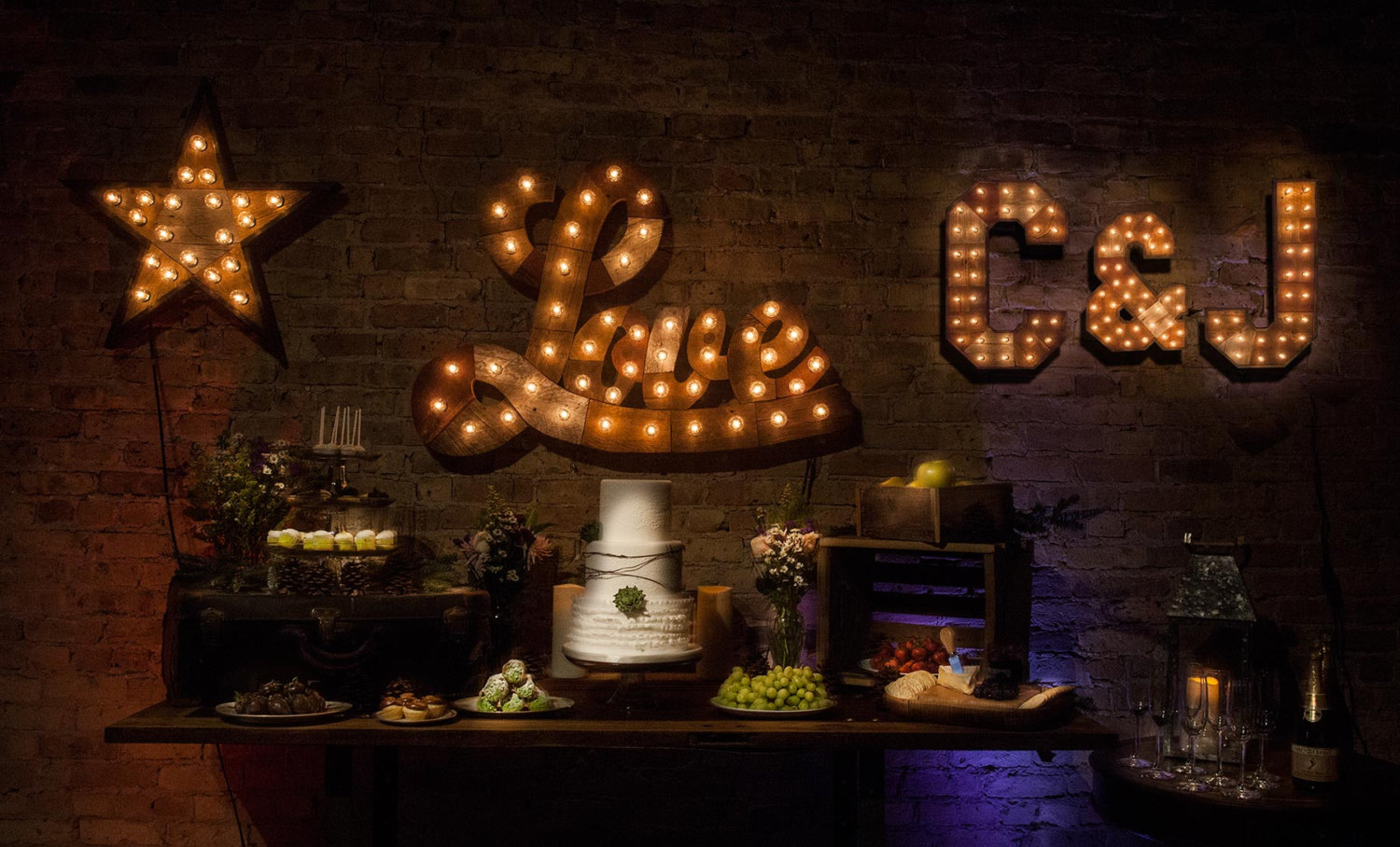 reclaimed-wood-marquee-letters-w-lights-perfect-for-weddings-shabby-chic-salvaged-barn-wood-letter-love-restaurant-home-decor-rustic-59b72b0f1